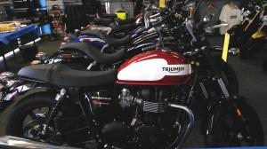 Triumph Dealer MotoADVR