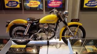 MotoADVR_Harley54KH