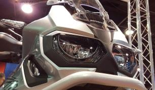 MotoADVR_HondaAfricaTwinFace