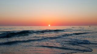 MotoADVR_SunsetOnOceanSiestaKey