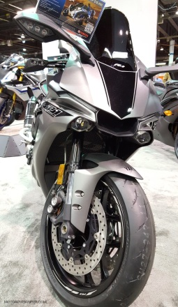 MotoADVR_YamahaR1-4
