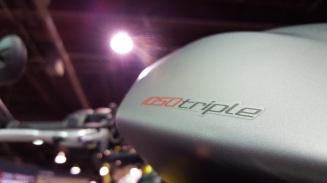 MotoADVR_Triumph1050TripleDecal
