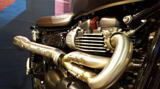 MotoADVR_TriumphVance&HinesPipes