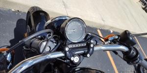 MotoADVR_Harley-Davidson_Roadster_Controls