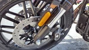 MotoADVR_Harley-Davidson_Roadster_DualDisc