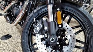 MotoADVR_Harley-Davidson_Roadster_Forks