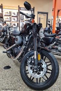 MotoADVR_Harley-Davidson_Roadster_Front