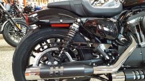 MotoADVR_Harley-Davidson_Roadster_RearShocks