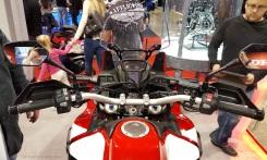 MotoADVR_HondaAfricaTwinControls