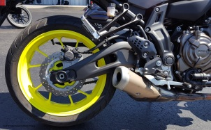MotoADVR Yamaha FZ-07 Rear wheel right