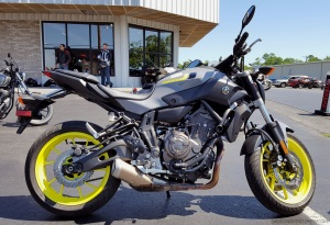 MotoADVR Yamaha FZ-07 Right