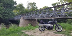 MotoADVR_RosieScramBridge