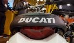 2017-ducati-desert-sled-seat-logo-motoadvr