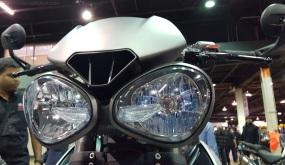 2017-triumph-street-triple-765-headlights-motoadvr