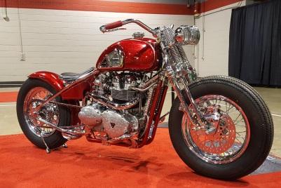 triumph-bonneville-865-bobber-custom-motoadvr