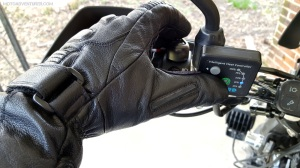 Winter Gloves Squeegee MotoADVR
