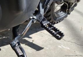 Joker Machine Pegs Triumph Scrambler MotoADVR