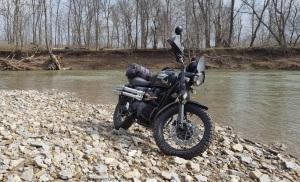 Shinko 804 Twin Creek Triumph Scrambler MotoADVR