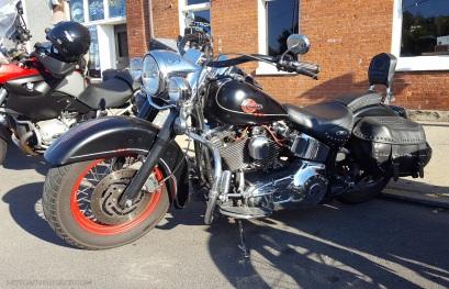 Harley Softail TwinCam Retro MotoADVR