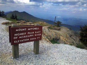 1280px-Mount_Mitchell_sign