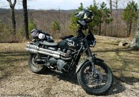 Brake Fluid Reservoir Black Triumph Scrambler MotoADVR