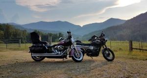 Harley Heritage Softail Triumph Scrambler Stecoah MotoADVR