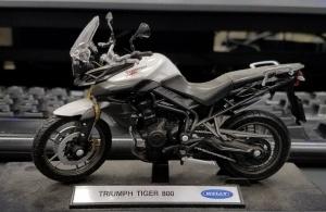 Triumph Tiger 800 Mini MotoADVR